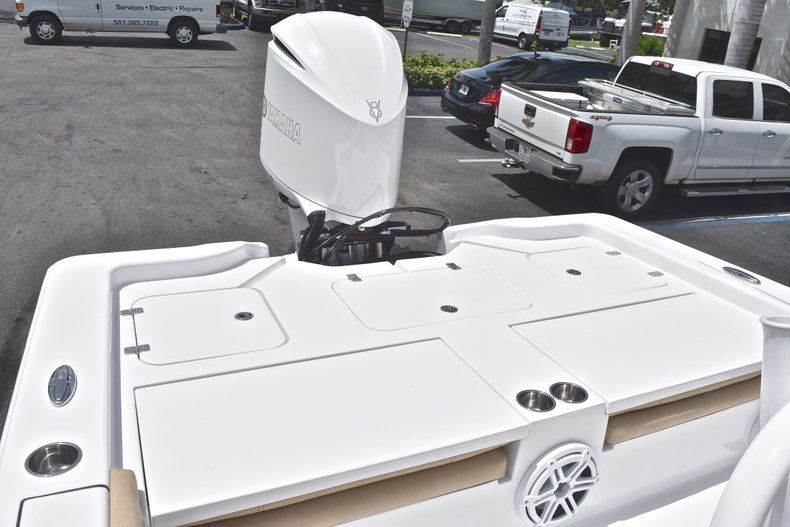 Thumbnail 10 for New 2019 Sportsman Masters 267 Bay Boat boat for sale in Miami, FL