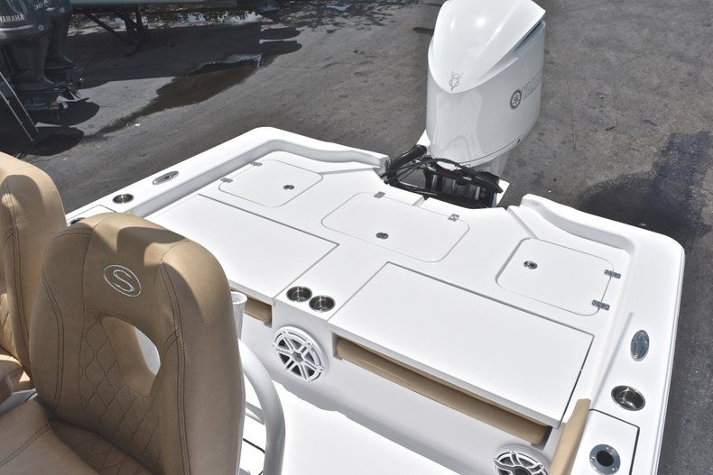 Thumbnail 29 for New 2019 Sportsman Masters 267 Bay Boat boat for sale in Miami, FL