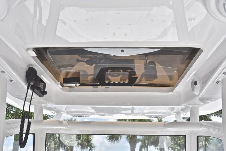 Thumbnail 45 for New 2019 Sportsman Masters 267 Bay Boat boat for sale in Miami, FL