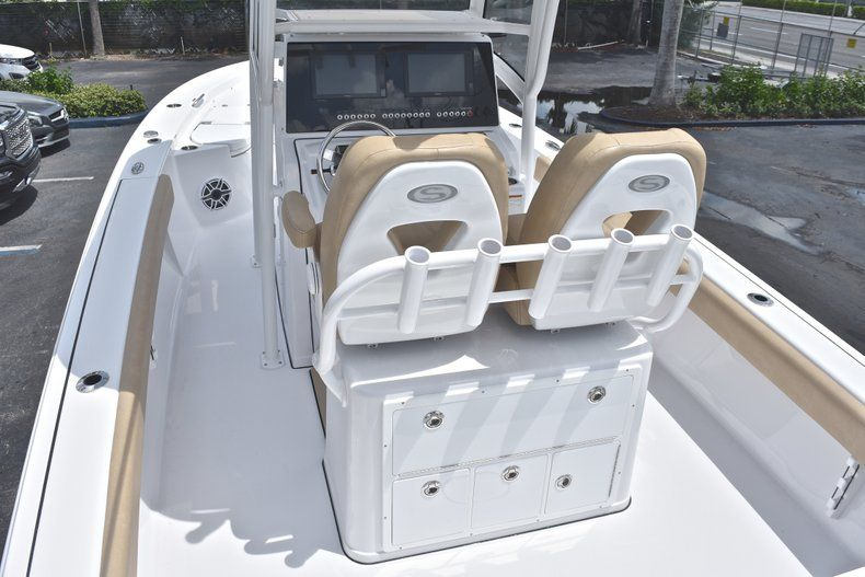 Thumbnail 9 for New 2019 Sportsman Masters 267 Bay Boat boat for sale in Miami, FL