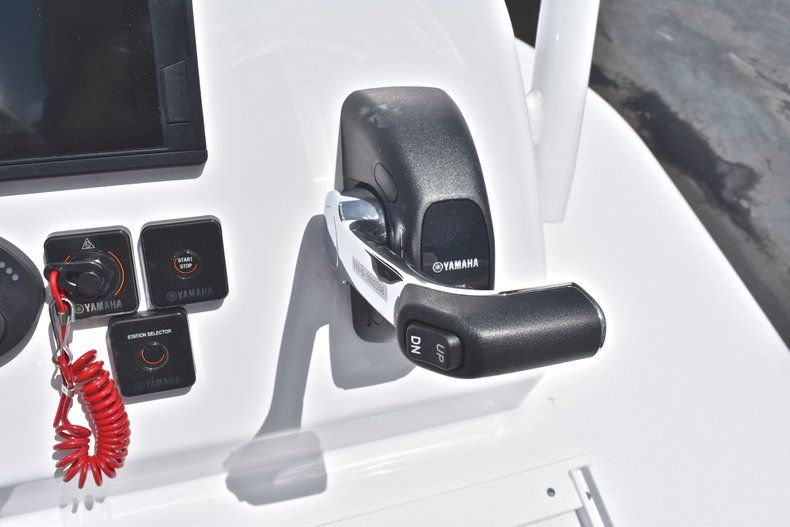 Thumbnail 55 for New 2019 Sportsman Masters 267 Bay Boat boat for sale in Miami, FL