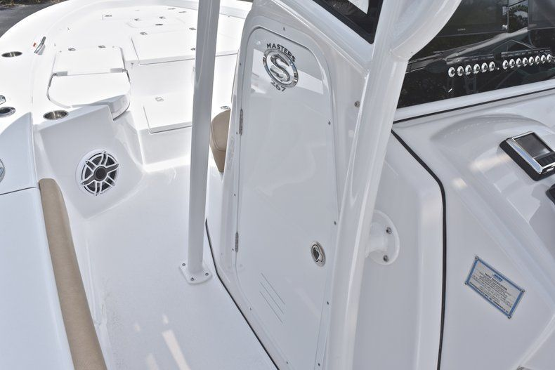 Thumbnail 60 for New 2019 Sportsman Masters 267 Bay Boat boat for sale in Miami, FL