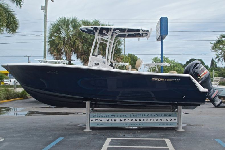 Thumbnail 6 for New 2017 Sportsman Open 232 Center Console boat for sale in Miami, FL