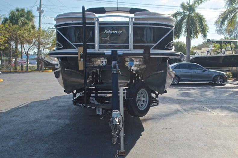 Thumbnail 3 for Used 2014 Regency Party Barge 254 XP3 boat for sale in West Palm Beach, FL