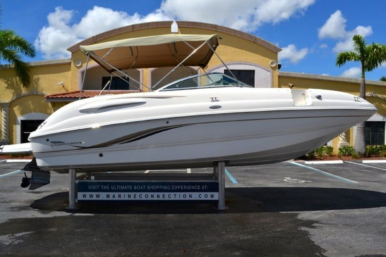 Photo for 2004 Chaparral 254 Sunesta Deck Boat