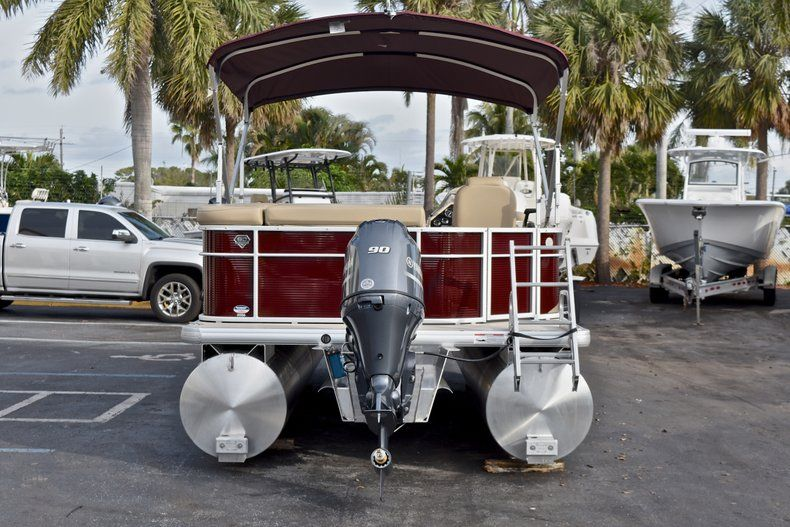 Thumbnail 6 for New 2018 Sweetwater 2086 Cruise boat for sale in West Palm Beach, FL
