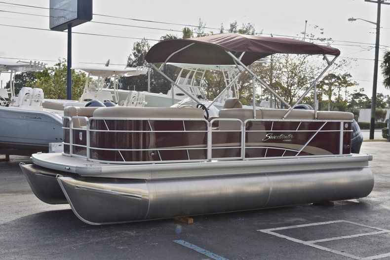Thumbnail 3 for New 2018 Sweetwater 2086 Cruise boat for sale in West Palm Beach, FL