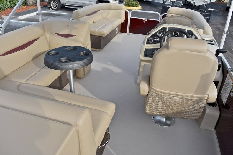 Thumbnail 9 for New 2018 Sweetwater 2086 Cruise boat for sale in West Palm Beach, FL