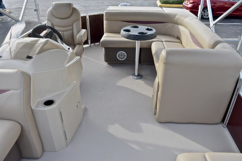 Thumbnail 10 for New 2018 Sweetwater 2086 Cruise boat for sale in West Palm Beach, FL