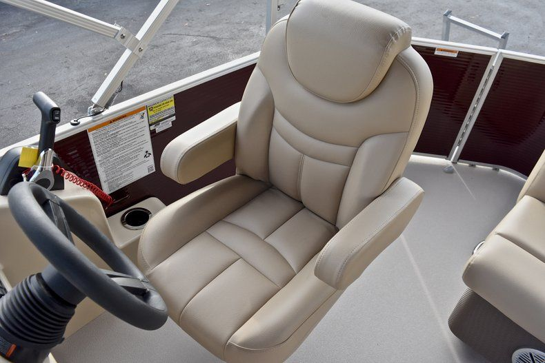 Thumbnail 23 for New 2018 Sweetwater 2086 Cruise boat for sale in West Palm Beach, FL