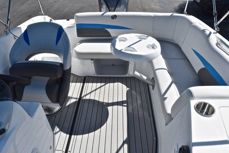 Thumbnail 17 for New 2019 Hurricane 188 SunDeck Sport OB boat for sale in Vero Beach, FL