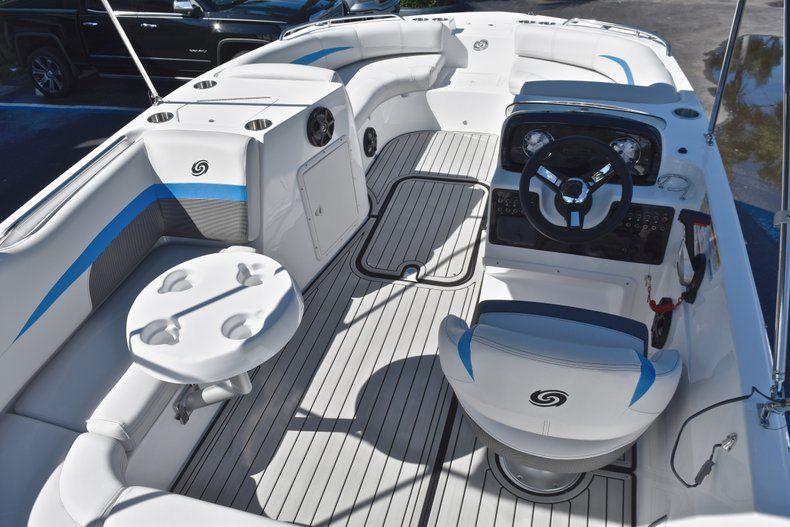 Thumbnail 16 for New 2019 Hurricane 188 SunDeck Sport OB boat for sale in Vero Beach, FL