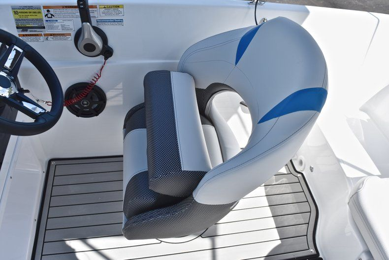 Thumbnail 26 for New 2019 Hurricane 188 SunDeck Sport OB boat for sale in Vero Beach, FL