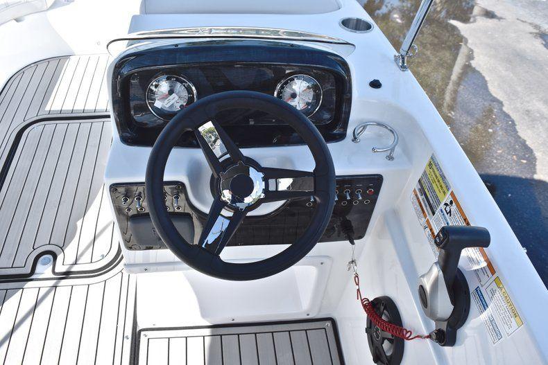 Thumbnail 28 for New 2019 Hurricane 188 SunDeck Sport OB boat for sale in Vero Beach, FL