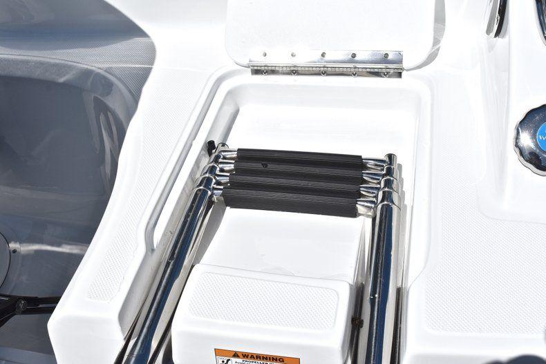 Thumbnail 10 for New 2019 Hurricane 188 SunDeck Sport OB boat for sale in Vero Beach, FL