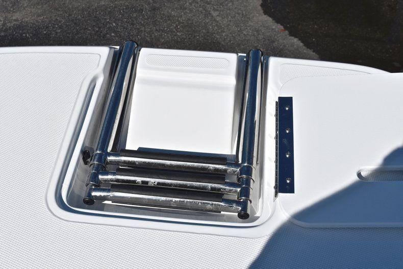 Thumbnail 47 for New 2019 Hurricane 188 SunDeck Sport OB boat for sale in Vero Beach, FL