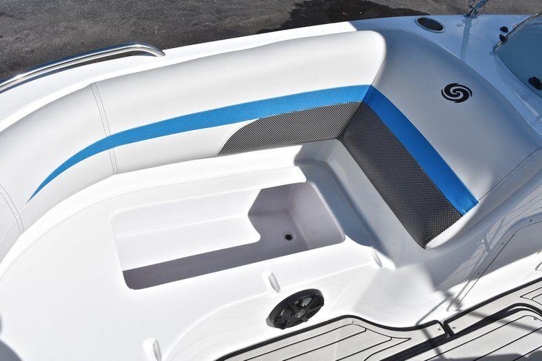 Thumbnail 42 for New 2019 Hurricane 188 SunDeck Sport OB boat for sale in Vero Beach, FL
