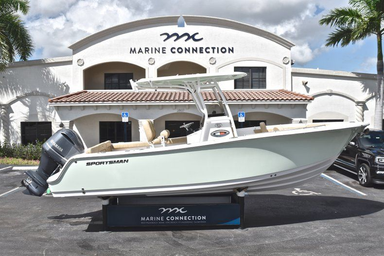 Photo for 2019 Sportsman Heritage 241 Center Console