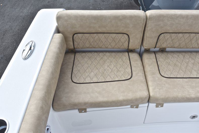 Thumbnail 13 for New 2019 Sportsman Heritage 241 Center Console boat for sale in Miami, FL