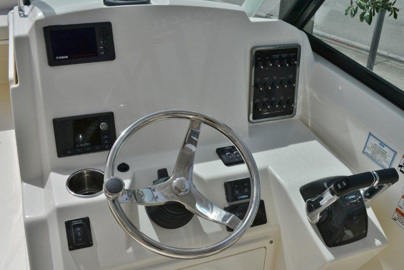 Thumbnail 11 for New 2019 Cobia 280 DC boat for sale in West Palm Beach, FL