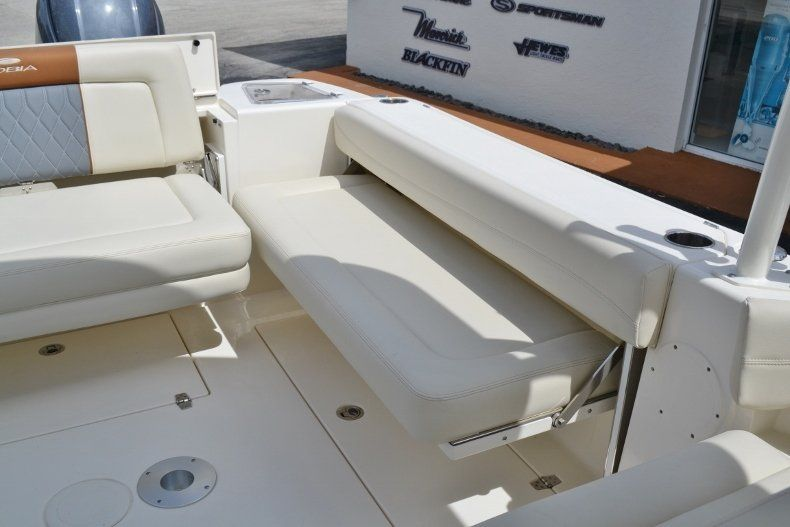 Thumbnail 18 for New 2019 Cobia 280 DC boat for sale in West Palm Beach, FL