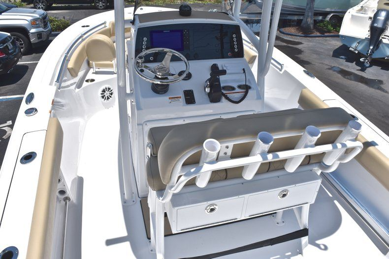 Thumbnail 11 for New 2019 Sportsman Open 212 Center Console boat for sale in Miami, FL