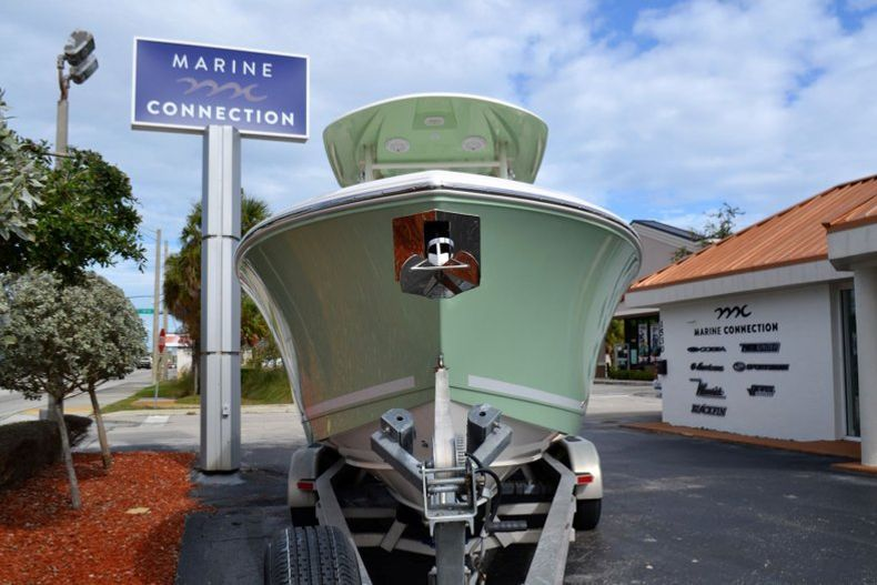 Thumbnail 2 for New 2019 Cobia 277 Center Console boat for sale in Vero Beach, FL