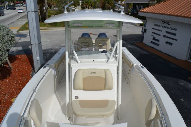 Thumbnail 9 for New 2019 Cobia 277 Center Console boat for sale in Vero Beach, FL