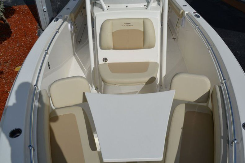 Thumbnail 13 for New 2019 Cobia 277 Center Console boat for sale in Vero Beach, FL