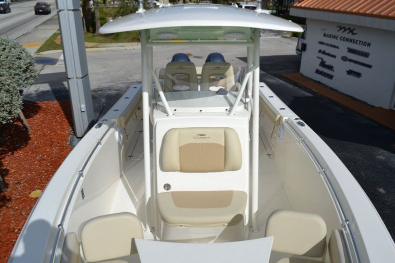 Thumbnail 14 for New 2019 Cobia 277 Center Console boat for sale in Vero Beach, FL