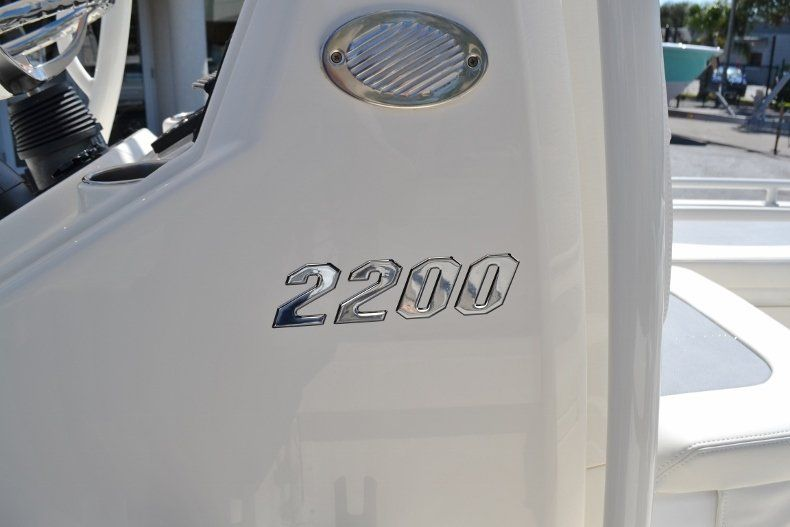 Thumbnail 23 for New 2019 Pathfinder 2200 TRS Bay Boat boat for sale in Vero Beach, FL
