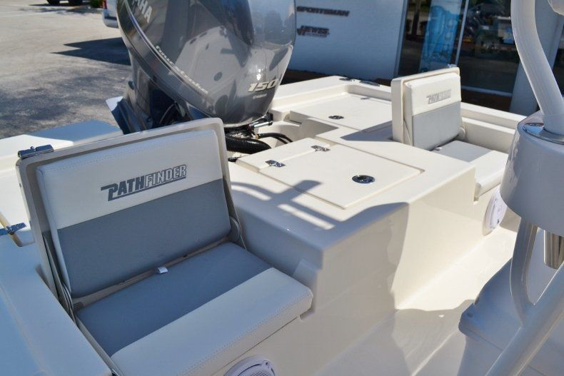 Thumbnail 25 for New 2019 Pathfinder 2200 TRS Bay Boat boat for sale in Vero Beach, FL
