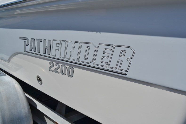 Thumbnail 28 for New 2019 Pathfinder 2200 TRS Bay Boat boat for sale in Vero Beach, FL