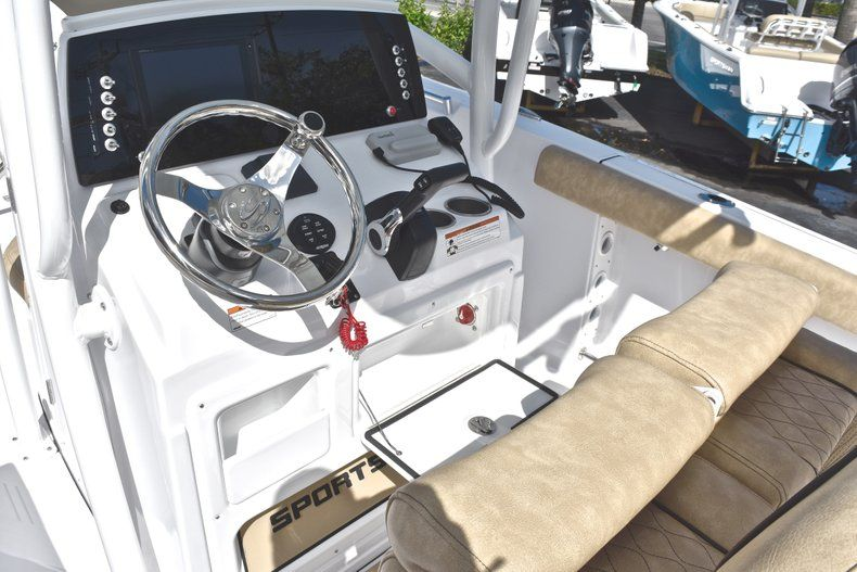 Thumbnail 41 for New 2019 Sportsman Heritage 231 Center Console boat for sale in West Palm Beach, FL