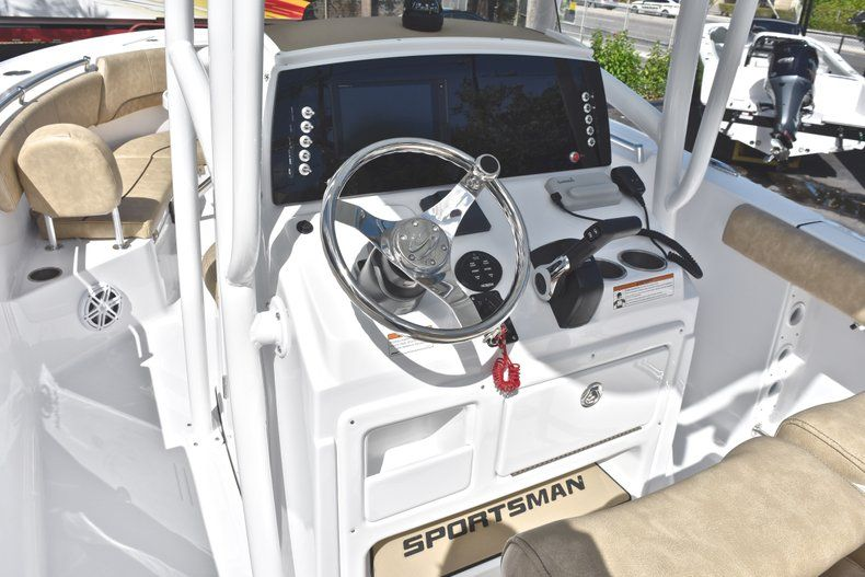 Thumbnail 40 for New 2019 Sportsman Heritage 231 Center Console boat for sale in West Palm Beach, FL