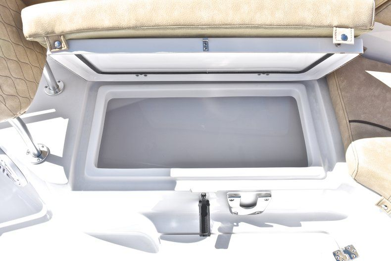 Thumbnail 54 for New 2019 Sportsman Heritage 231 Center Console boat for sale in West Palm Beach, FL