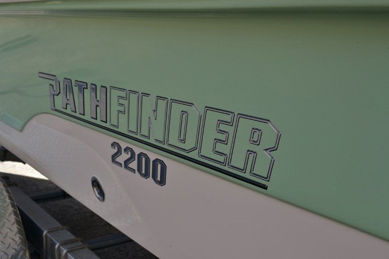 Thumbnail 8 for New 2019 Pathfinder 2200 TRS Bay Boat boat for sale in Vero Beach, FL