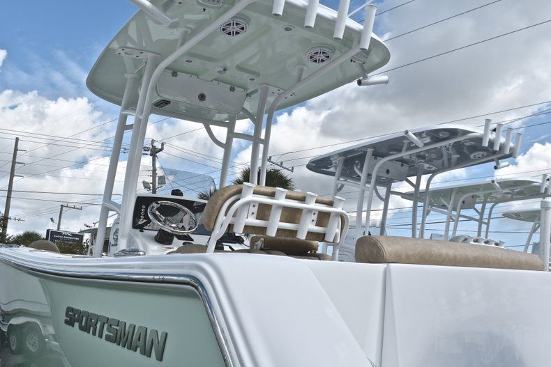 Thumbnail 2 for New 2019 Sportsman Open 232 Center Console boat for sale in Islamorada, FL