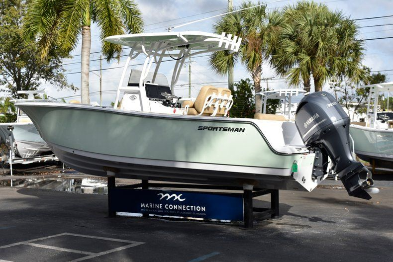 Thumbnail 5 for New 2019 Sportsman Open 242 Center Console boat for sale in West Palm Beach, FL