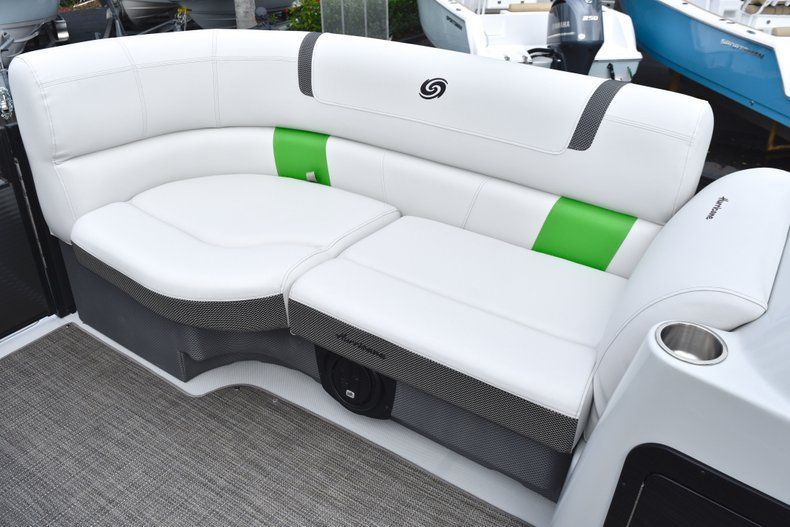 Thumbnail 39 for New 2019 Hurricane FunDeck FD 236 Wet Bar OB boat for sale in West Palm Beach, FL