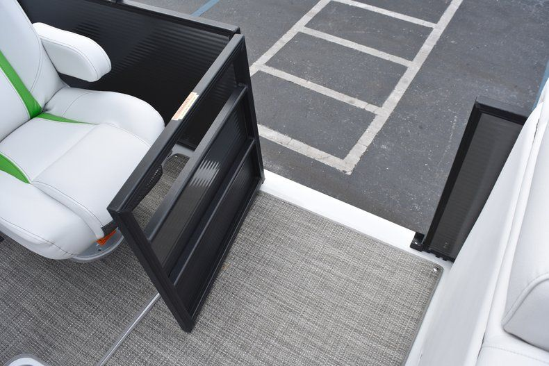 Thumbnail 34 for New 2019 Hurricane FunDeck FD 236 Wet Bar OB boat for sale in West Palm Beach, FL