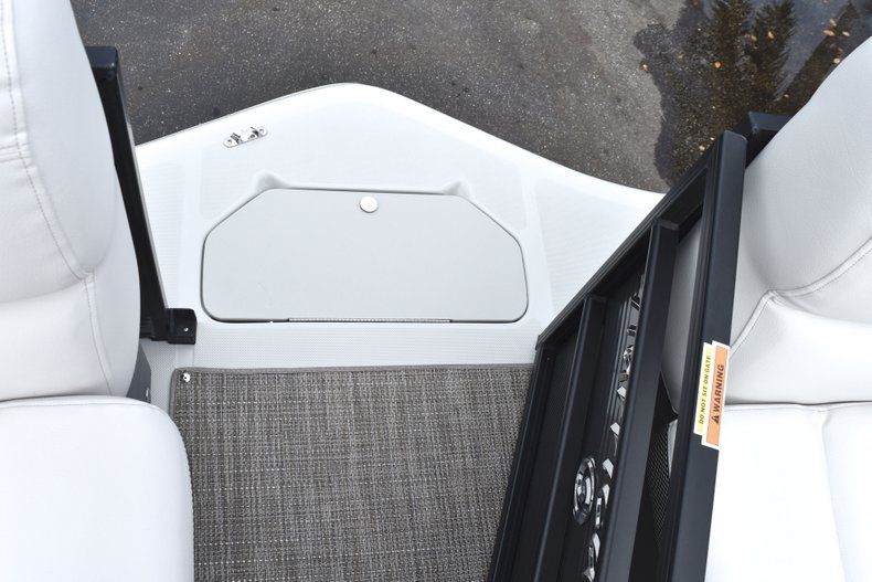 Thumbnail 44 for New 2019 Hurricane FunDeck FD 236 Wet Bar OB boat for sale in West Palm Beach, FL
