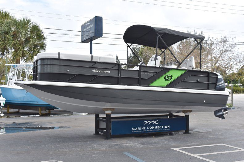 Thumbnail 3 for New 2019 Hurricane FunDeck FD 236 Wet Bar OB boat for sale in West Palm Beach, FL