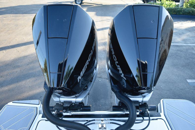 Thumbnail 14 for New 2019 Blackfin 272CC Center Console boat for sale in West Palm Beach, FL