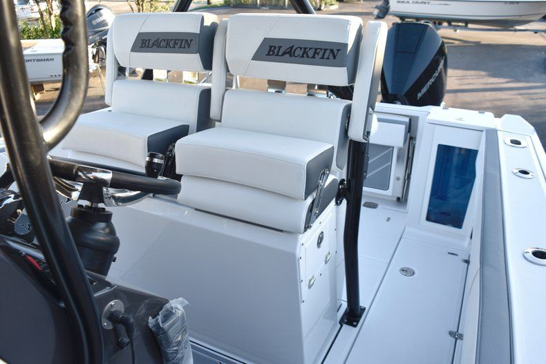 Thumbnail 36 for New 2019 Blackfin 272CC Center Console boat for sale in West Palm Beach, FL