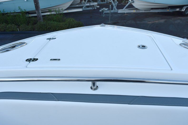 Thumbnail 72 for New 2019 Blackfin 272CC Center Console boat for sale in West Palm Beach, FL