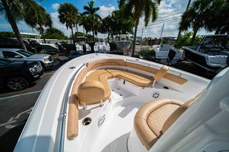Thumbnail 30 for New 2019 Sportsman Heritage 211 Center Console boat for sale in Miami, FL