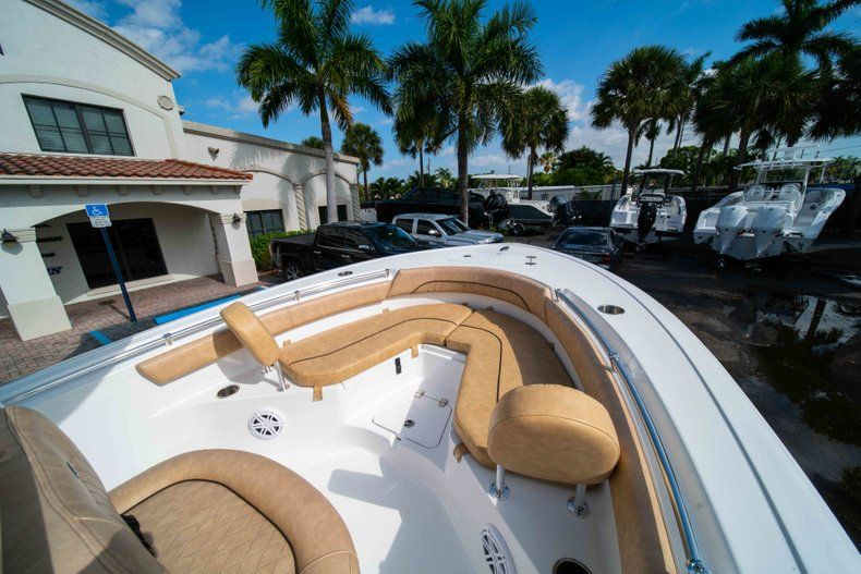 Thumbnail 29 for New 2019 Sportsman Heritage 211 Center Console boat for sale in Miami, FL