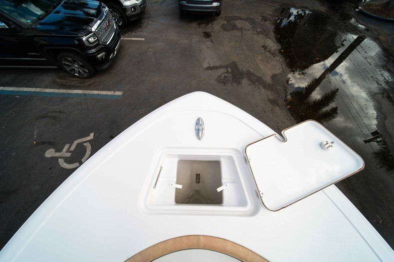 Thumbnail 36 for New 2019 Sportsman Heritage 211 Center Console boat for sale in Miami, FL