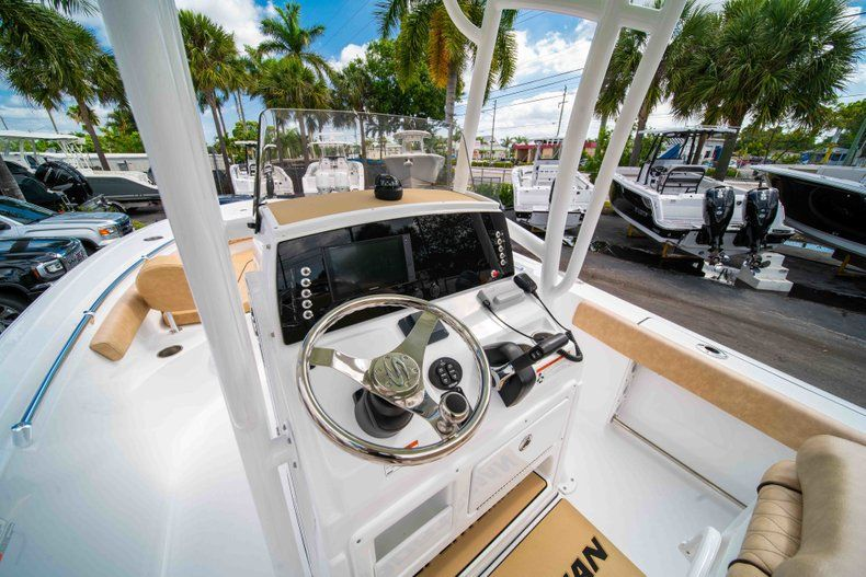 Thumbnail 23 for New 2019 Sportsman Heritage 211 Center Console boat for sale in Miami, FL